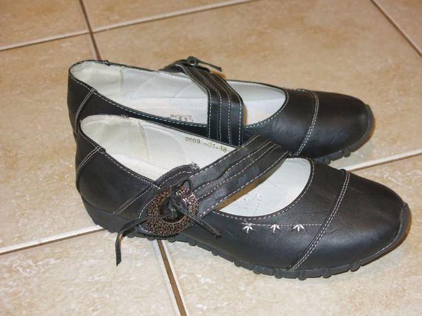 Кожаные туфли 38 размер, по стельке 24 см.