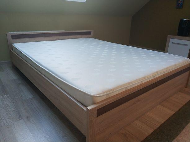 Łóżko duże do sypialni 160 x 200 z materacem