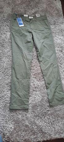 Męskie spodnie khaki