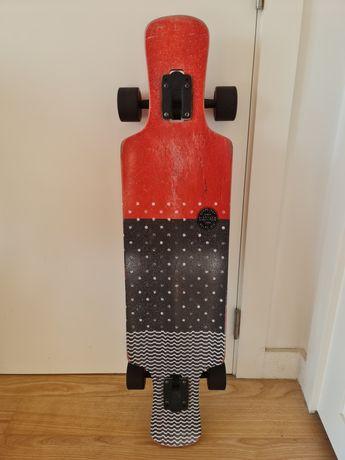 Longboard Globe Geminon kick red dotwave 37,5