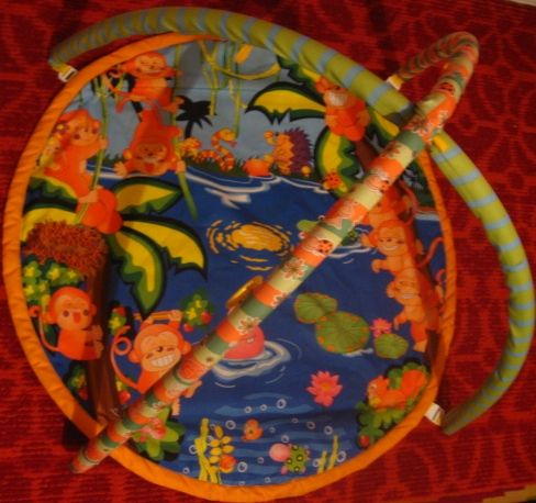 Детский игровой коврик с аркой для игрушек подвесок, карабины. торг