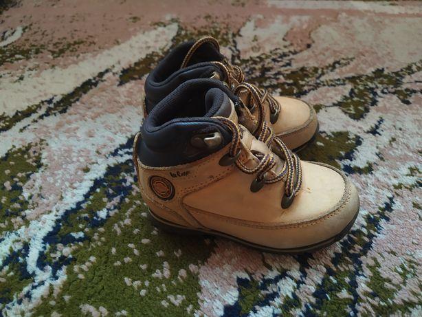 Buty Firetrap chłopięce rozmiar 23