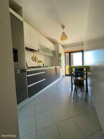 Apartamento T2 Prox. da Universidade/Glicínias