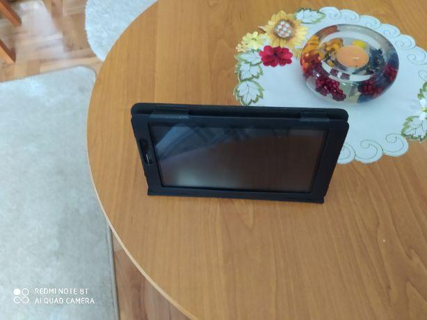 Tablet Chuawei 2 rdzeniowy 8GB