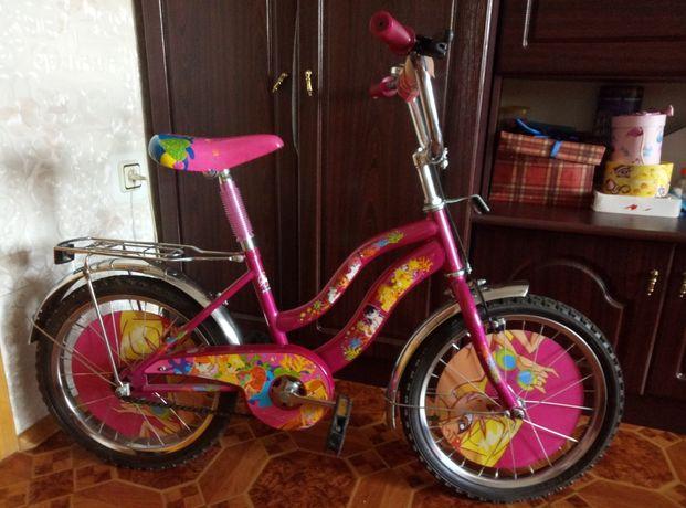 Велосипед для девочки 5-9 лет.