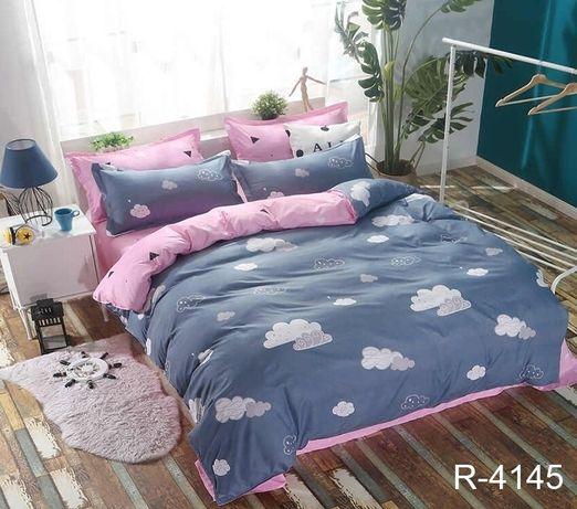 Двуспальный стильный комплект постельного белья