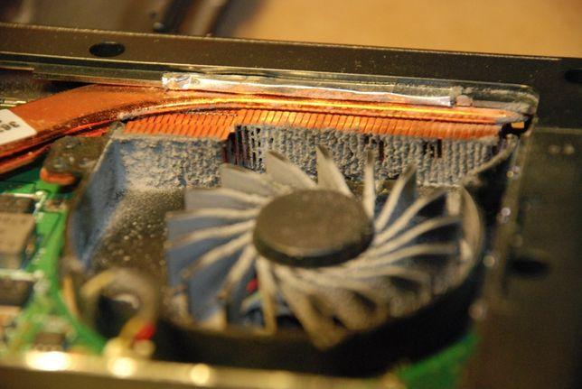 Чистка ноутбука комп*ютера заміна термопасти