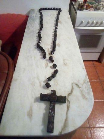 Crucifixo Antigo Grande em Madeira