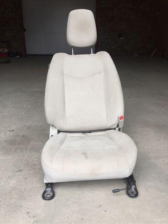 Сиденье Nissan Leaf правое пасажирское, подушка сиденья