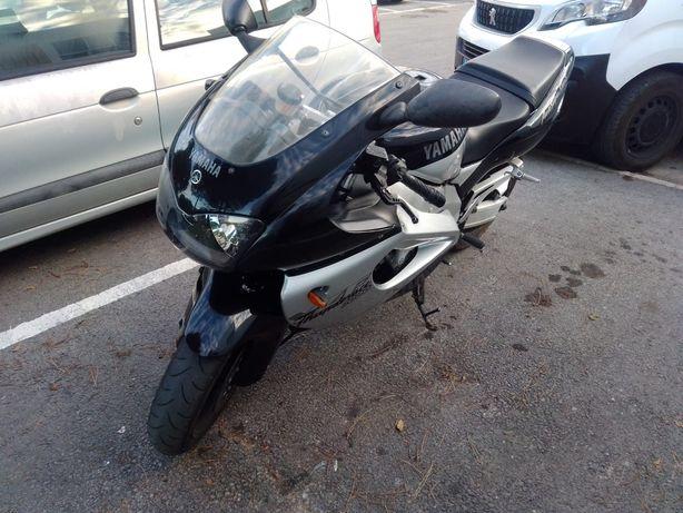 (aceito troca por carro) Mota Yamaha thanderace 1000cc 143cv