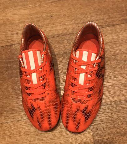 Бутсы Adidas (21,5 см)