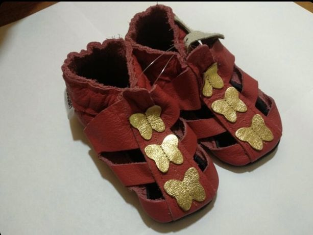 Чешки, кожаные тапочки на малышку, босоногая обувь