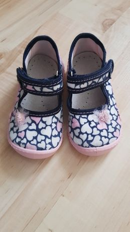 Pantofelki Viggami - rozmiar 23
