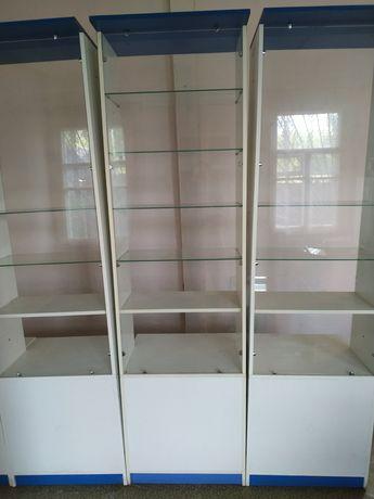 Мебель витрины белого цвета