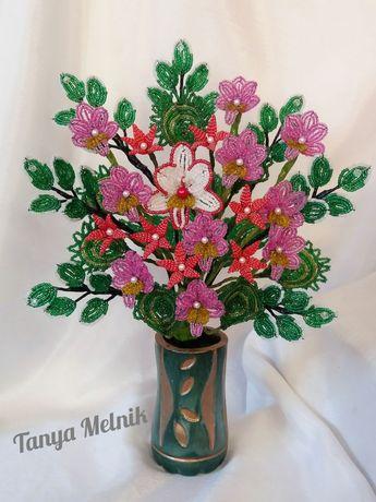 Букет из орхидей. Цветы из бисера.
