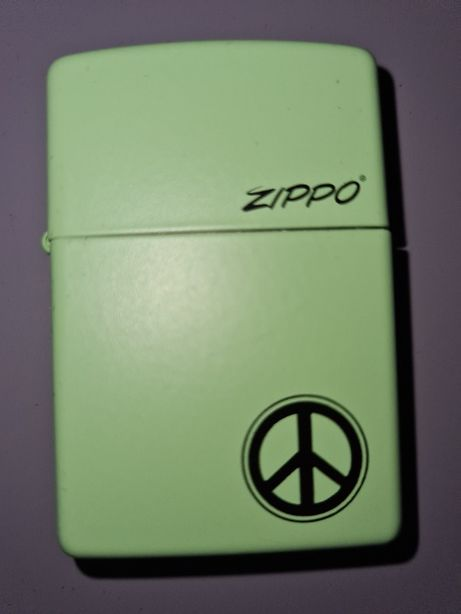 Isqueiro Zippo novo
