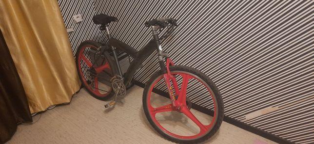 Продам литые диски на велосипед 26д