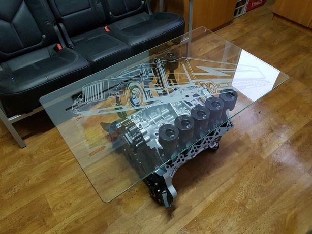 Stolik z silnika V10 V8 V12 Nowoczesny Handmade LED RGB Prezent Majbo