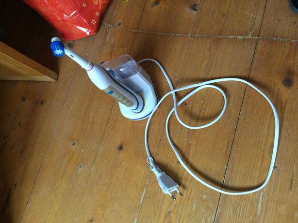 Зубная щетка электрическая Nevadent. Сделано в Германии