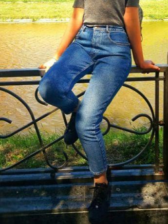 джинсы mom голубые скини черные лосины