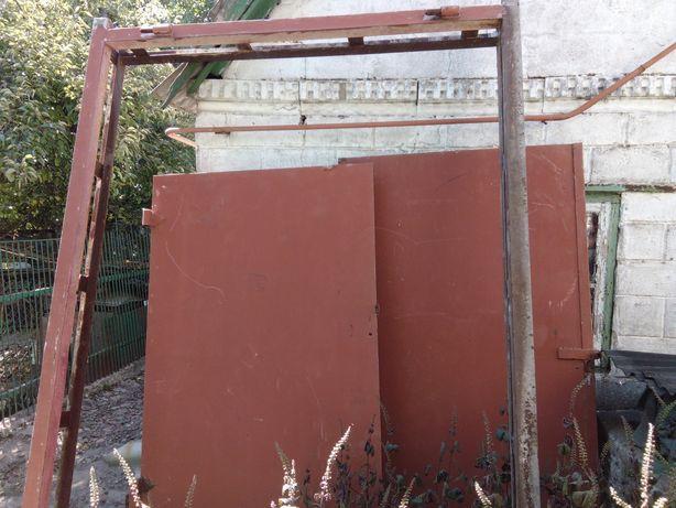 Ворота гаражные распашные