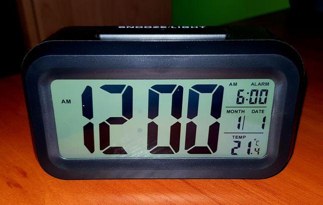Sprzedam zegar z budzikiem LCD