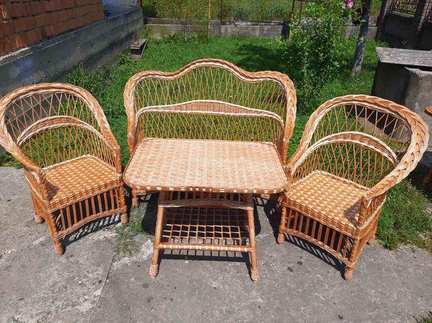 Меблі з лози для вашого саду