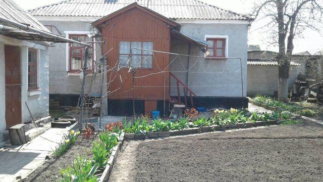 Продаётся капитальный дом в Стаханове