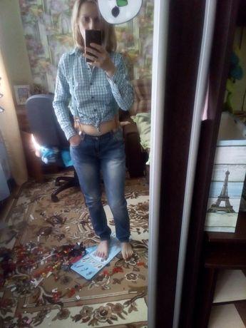 Продам джинси на подтяжках