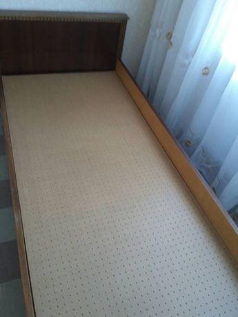 Кровать полуторная деревянная болгарская