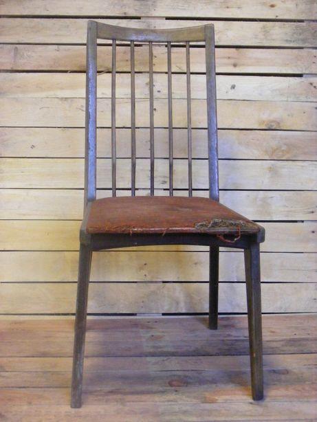 stare przedwojenne krzesło