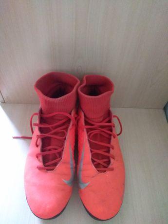 Бутсы Nike с носком Phantomvision club