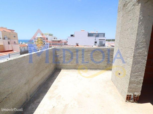 Apartamento T0+2 duplex em Monte Gordo