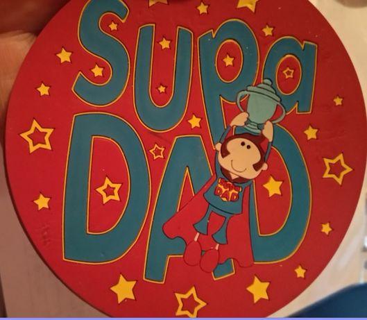 игрушка подарок супер папе от ребенка резиновый британия круглый