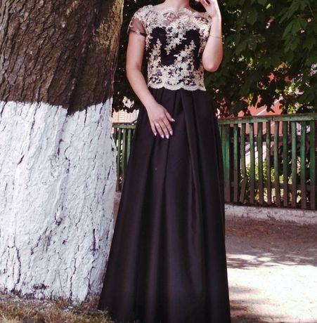 Вечірня сукня, яка зробить Ваше свято незабутнім
