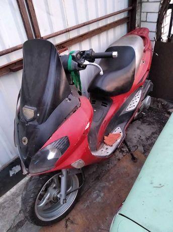 Скутер 150кубиков