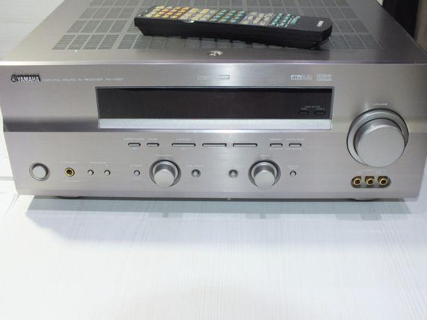 **Amplituner YAMAHA model RX-V557-Lombard Stówka**