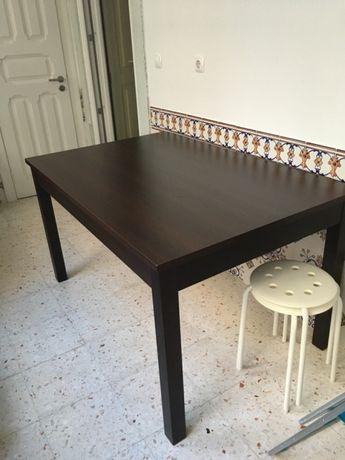 Mesa refeições madeira