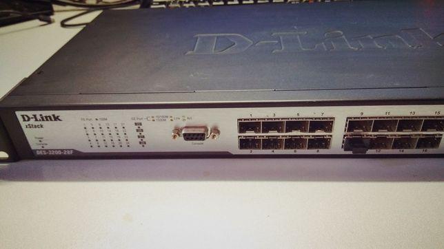 D-link DES-3200-28F A1 (Коммутатор, L2 Свитч, маршрутизатор, 28 SFP)