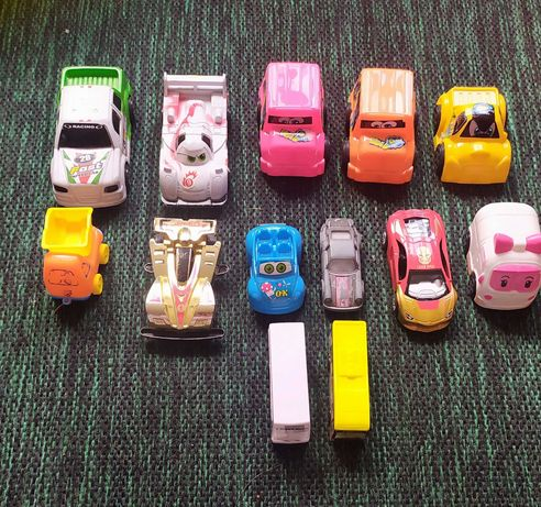 Машины игрушки количество 13 штук