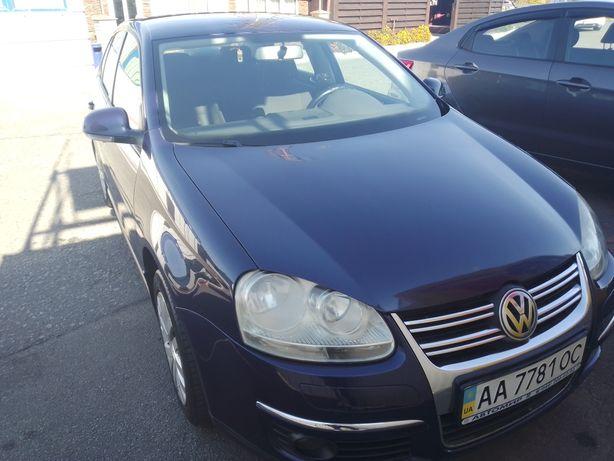 VW Jetta 2010, 1.6 бензин