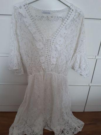 Sukienka koronkowa biala r uni