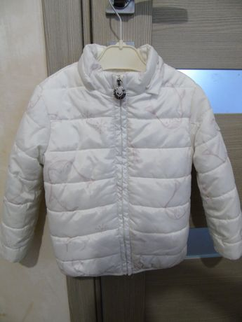 Курточка зимняя фирмы Brums на девочку