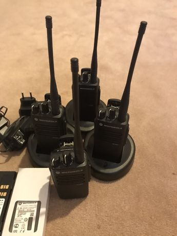 Motorola DP 2400e, Мощная цифровая портативная радиостанция