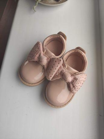 Туфельки для дівчинки 18розмір