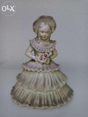 Boneca noiva, em loiça (peça antiga)
