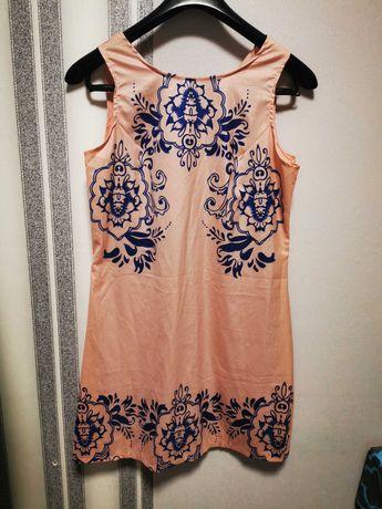 Letnia sukienka w orientalne wzory