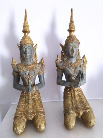 Par de estátuas budistas tailandesas em bronze
