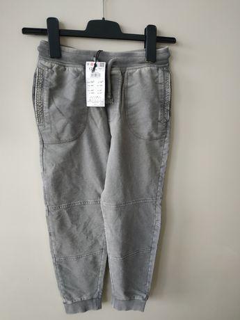 Spodnie dresowe, rozmiar 128, nowe, Reserved