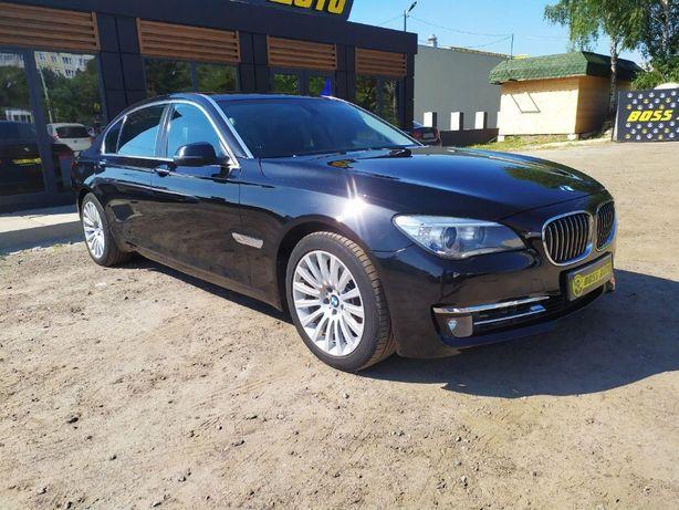 BMW 740I 2012